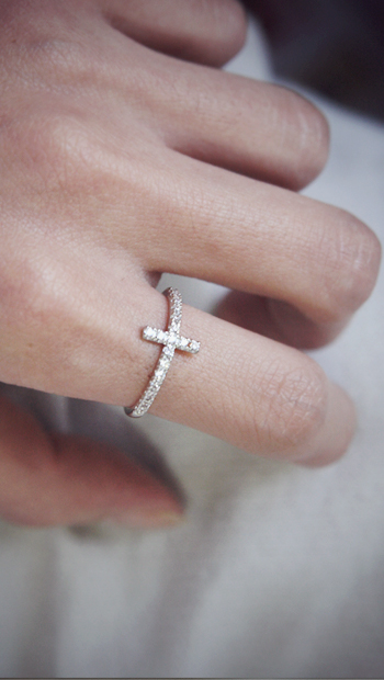 Country Style Cross Necklace